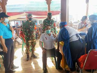 Wakil Bupati Tinjau Vaksinasi di PT Samaco Karkasindo Utama
