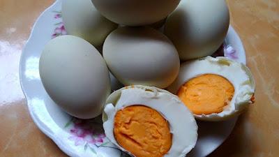 Cara membuat 10 butir telur asin bebek