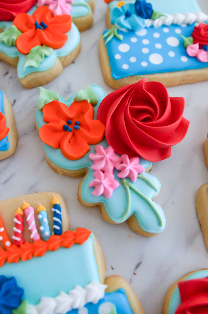 floral birthday cookie set from bakeat350.net