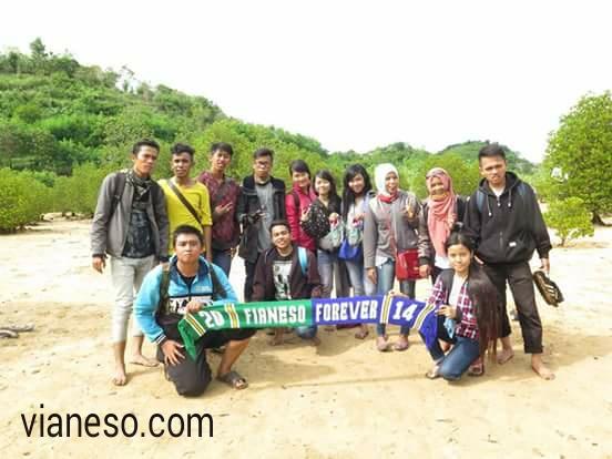 Pantai Tiga Warna Kota Malang