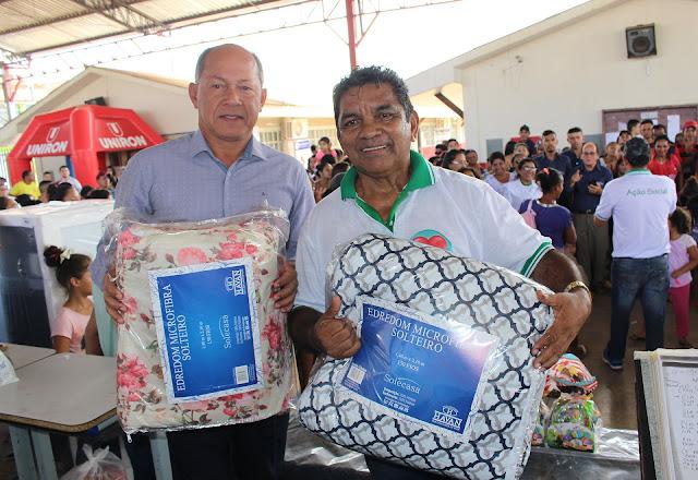 Deputado Coronel Chrisóstomo acompanha ação social na escola Joaquim Vicente Rondon na zona sul de Porto Velho
