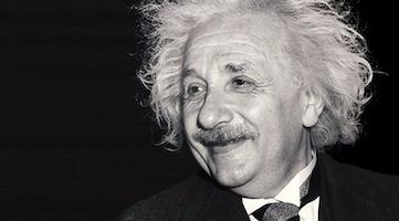 قصة البرت اينشتاين صاحب نظرية النسبية