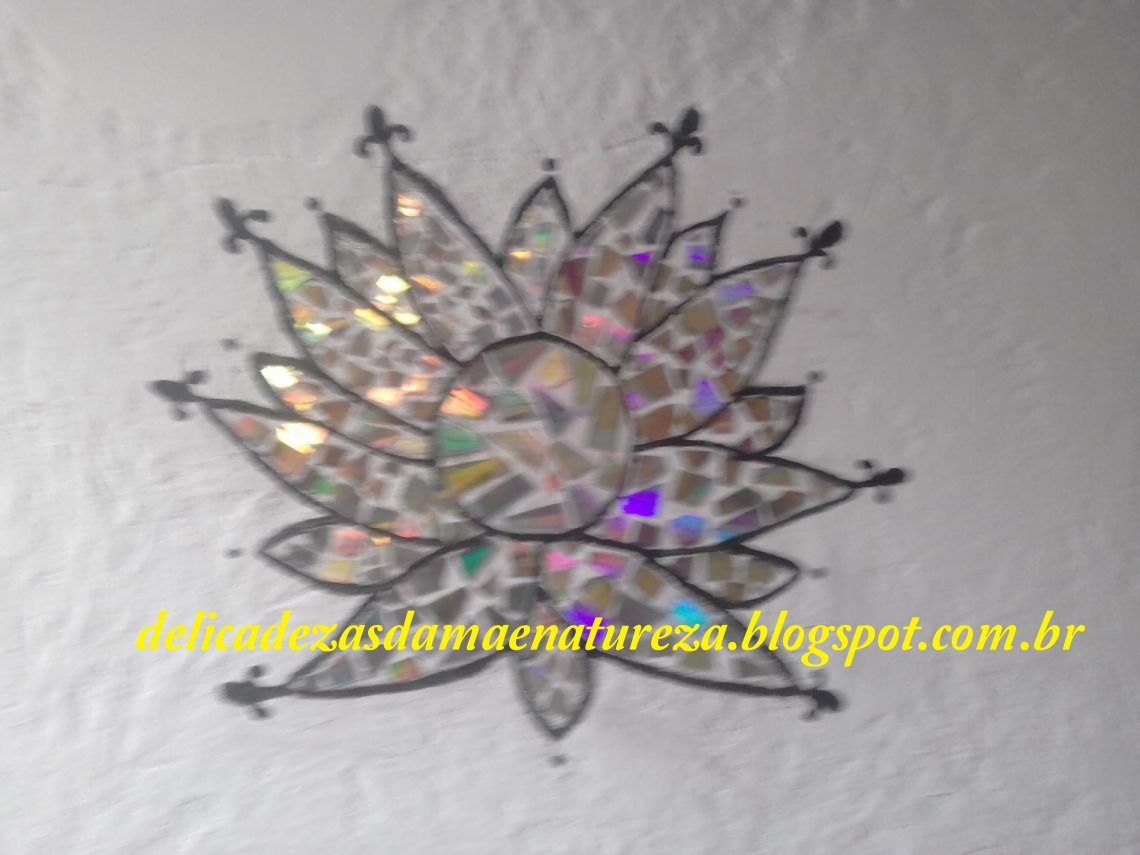 Mandala decorada com cds