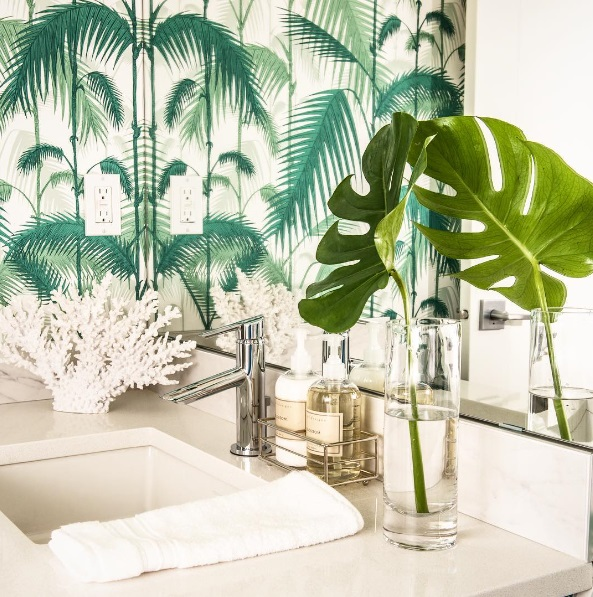 http://www.lush-fab-glam.com/2016/05/home-decor-trends-lush-tropical-leaf.html
