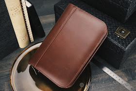 REVIEW: ASTON LEATHER ZIPPERED PEN CASE