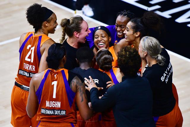 Phoenix Mercury y Connecticut Sun clasifican a la 2ª Ronda de Playoffs de la WNBA