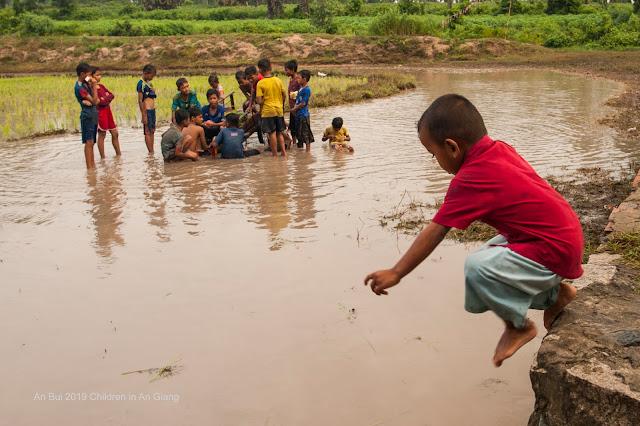 Trẻ em Khmer ở An Giang
