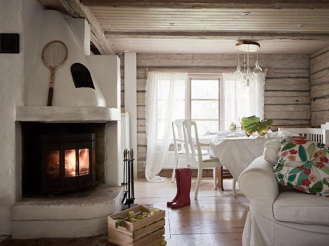Rustic scandinav într-o casă din lemn de 74 m² din Suedia