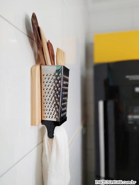 porta utensilios com ralador