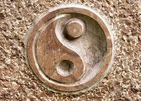 yin en yang in hout