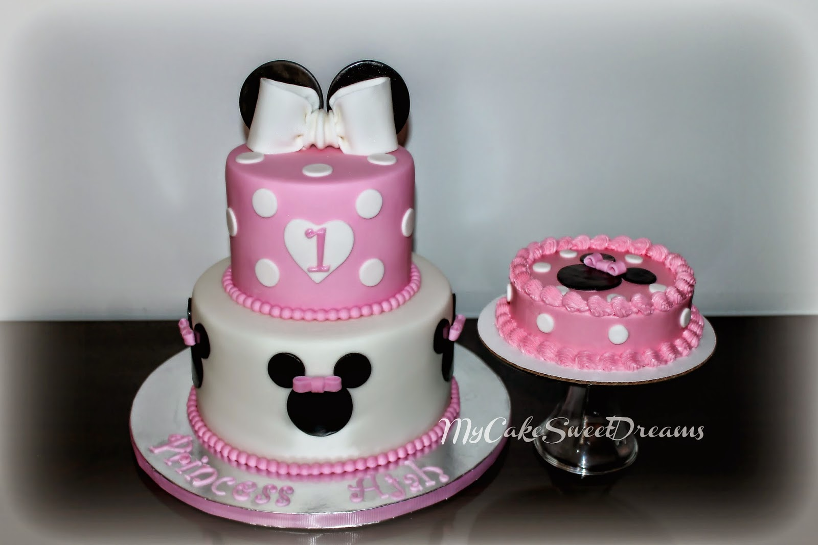 Homemade Minnie Mouse Birthday Cake Ideas