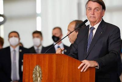 Seguranças de Bolsonaro retiram jornalistas afiliados da TV Globo de evento