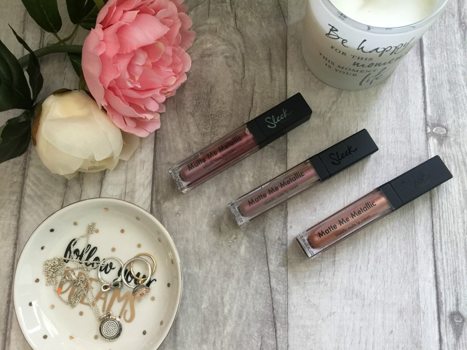 sleek distorted dreams matte me metallic lip creams