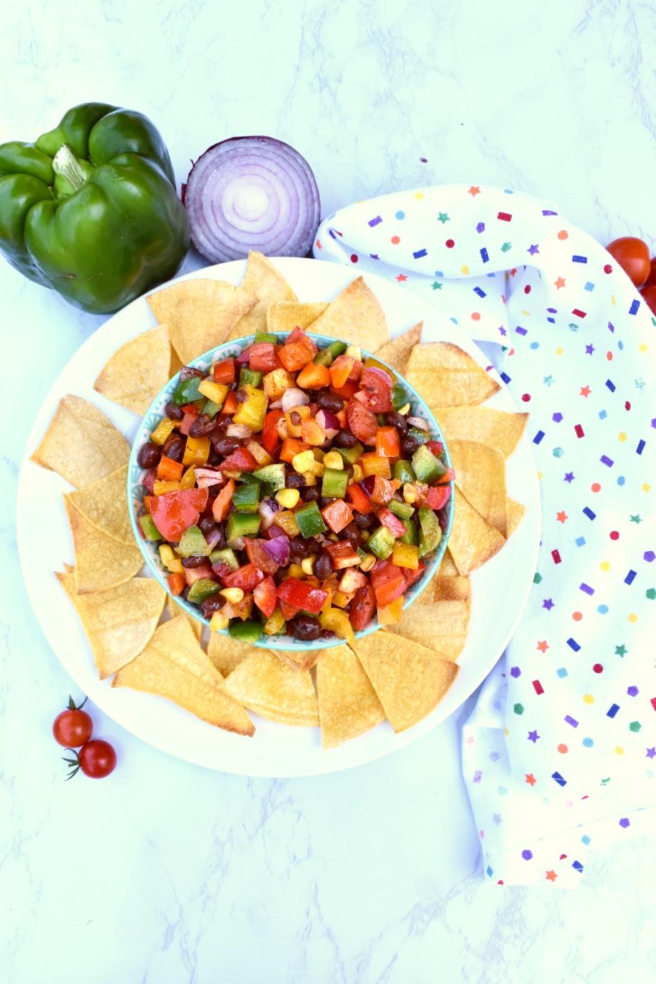 Black bean salad with tortilla chips