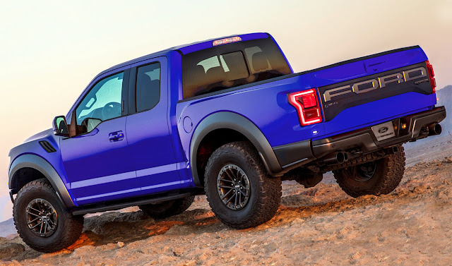 blue-ford-f-150-raptor-wallpaper-rear-view