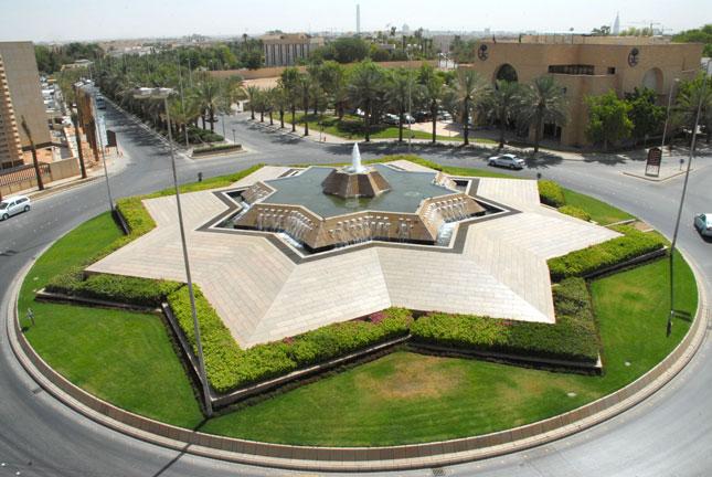 أرقام عناوين فروع السفارات الخط الساخن المجانى في مصر 2021