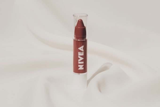 Review: Produk Terbaru Nivea Lip Crayon • Poppy Red