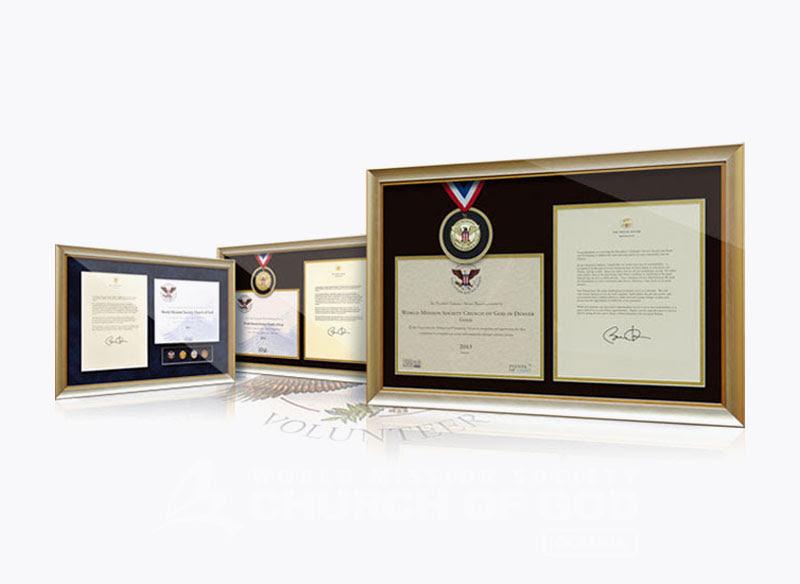 Nhận Giải thưởng phụng sự tình nguyện của tổng thống Mỹ