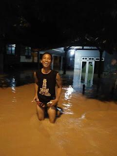 <b>Curah Hujan Tinggi, Rumah Warga KSB Terendam Banjir Setinggi 40 Cm</b>