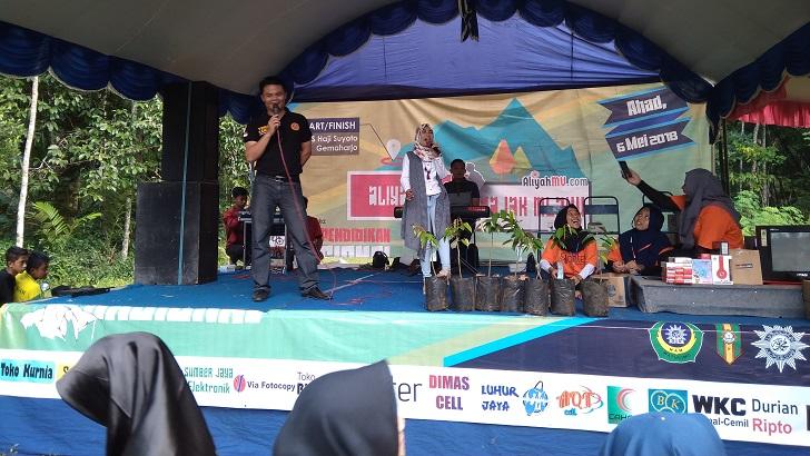 Para_Sponsor_Meriahkan_Jalan_Sehat_MAM_Watulimo