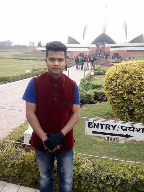 The Lotus Temple- Travel Tips (New Delhi)