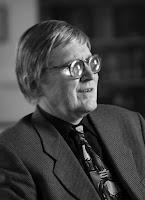 Headshot of Dr. Gordon Legge