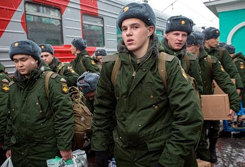 В России готовятся к сезону охоты за пушечным мясом