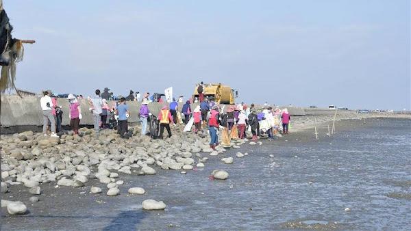 彰化海洋環境教育暨淨海 福寶濕地淨灘1071公斤海洋垃圾