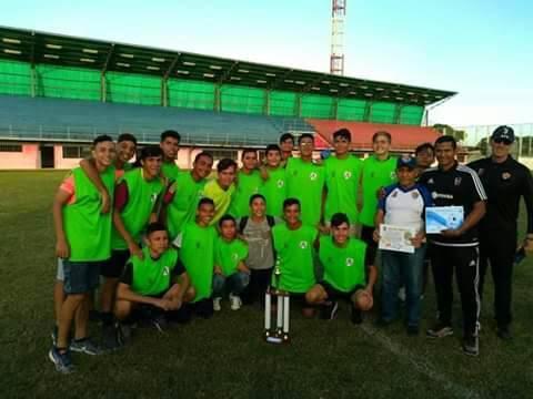 APURE: Entrenador llanero Ramón Solórzano sigue cosechando éxitos en Barinas.