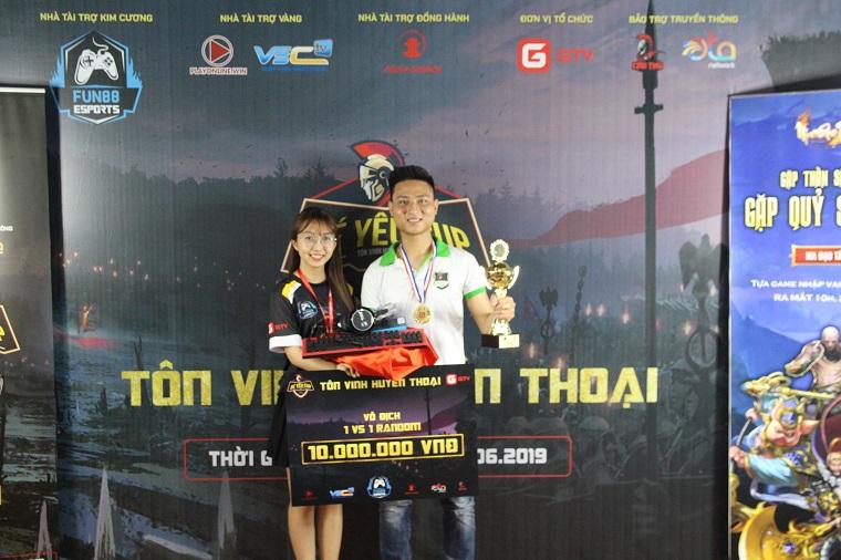 SangClub bất ngờ lên ngôi vô địch Solo Random tại giải đấu AoE Bé Yêu Cup 2019 sau khi vượt qua hàng loạt những game thủ top 1