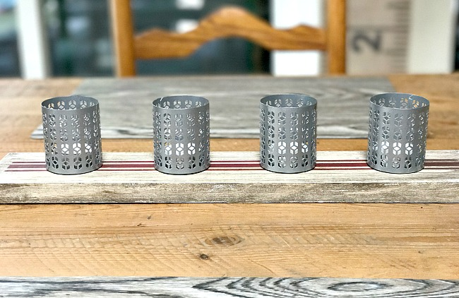 Outdoor tea light candle holder