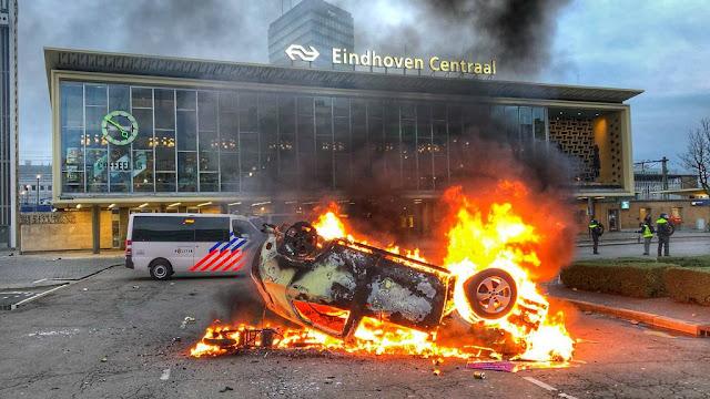 أعمال شغب ونهب في مدينة ايندهوفن الهولندية أثناء احتجاجات كورونا