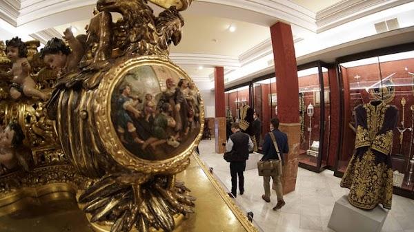 El Gran Poder de Sevilla abre su Sala de Exposición con los pasos y enseres