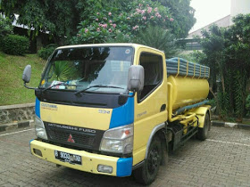 SEDOT WC TUBAN