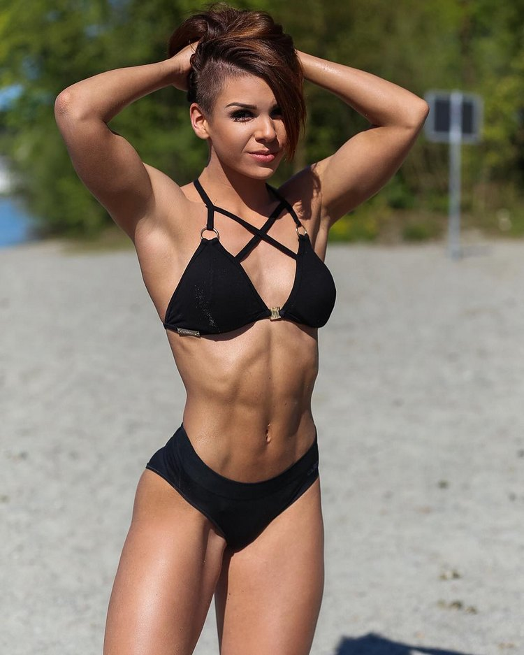 German fitness model Michelle Häfliger