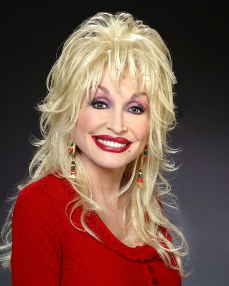 Dolly Parton Here Why You will Never See Without Makeup