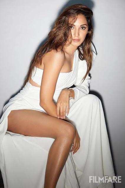 kiara-advani-raises-temperature-divas-stunning-pictures