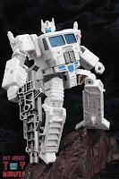 Transformers Kingdom Ultra Magnus 45