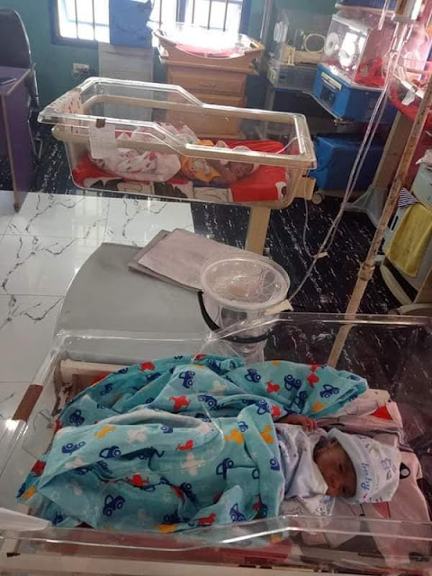 Nigerian woman gives birth to triplets after 11 years of marriage (Photos)