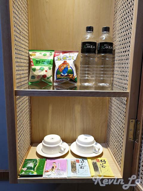 東旅湯宿溫泉飯店-風華漾館櫥窗