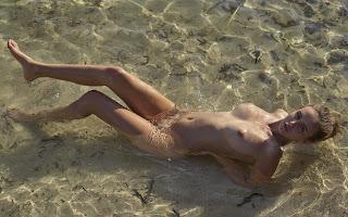 Twerking blondes - Jessica%2BAlbanka-S02-002.jpg