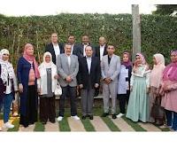 الرئيس عبدالفتاح السيسي يتناول الافطارمع مواطنين بمقر إقامته كتبت/  ميرا المصري