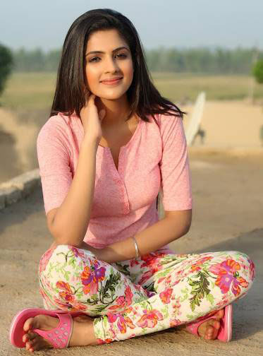 indian beautiful girl wallpaper pictures download indian beautiful girl wallpaper