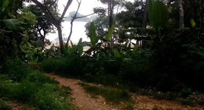 jalur jalan ke pantai bantol