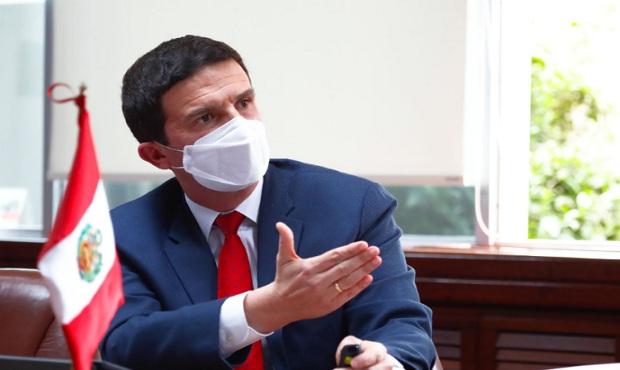 Consejo de Ministros analiza mañana acciones legales ante moción de vacancia