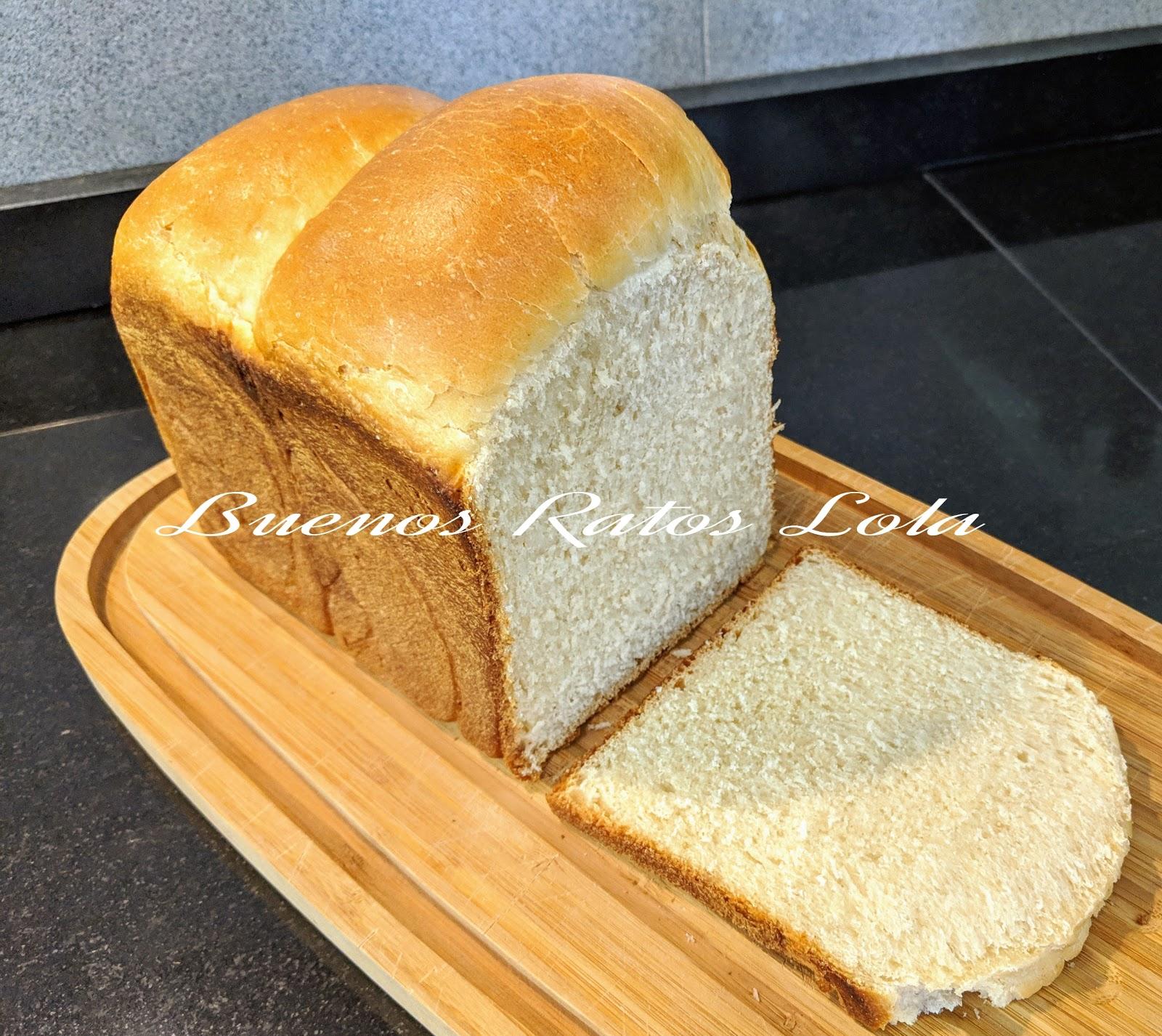 Pan de leche con Tang Zhong, (pan Hokkaido), en panificadora ...