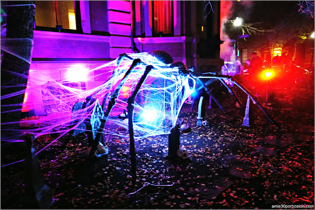 Decoraciones de Halloween en Back Bay, Boston