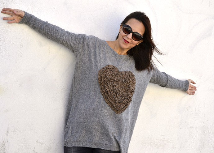 Heart_Jumper_SammyDress_02