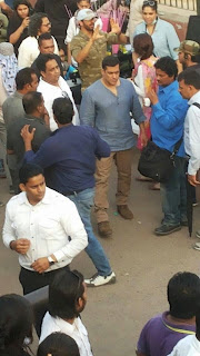 Kareena Kapoor and Salman Khan shooting for Bajrangi Bhaijaan