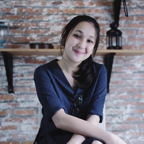 Fakta Agatha Pricilla Harus Anda Ketahui [Artis Indonesia Hot]